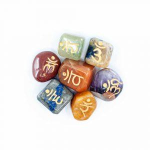 7 Chakra Edelsteen Trommelstenen met Sanskriet Letters