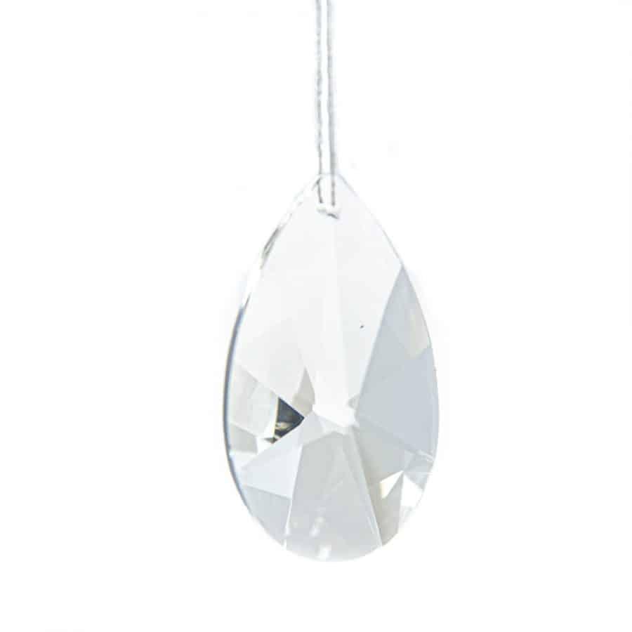 Het regenboogkristal is heel bijzonder. het schittert en straalt, en wanneer het zonlicht er doorheen valt, ...