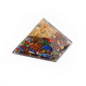 Orgone Piramide Chakra Mix met Bergkristal Punt