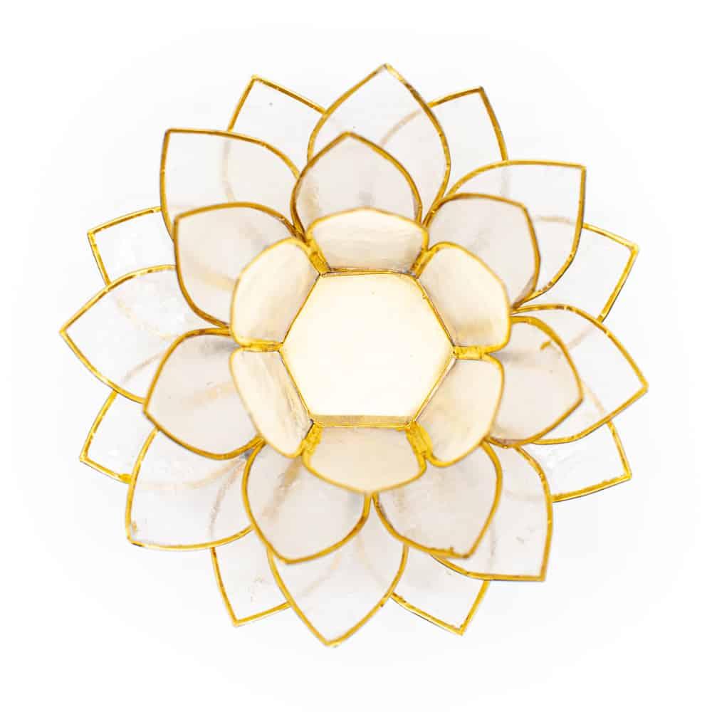 lotusbloem patroon van een kaarshouder