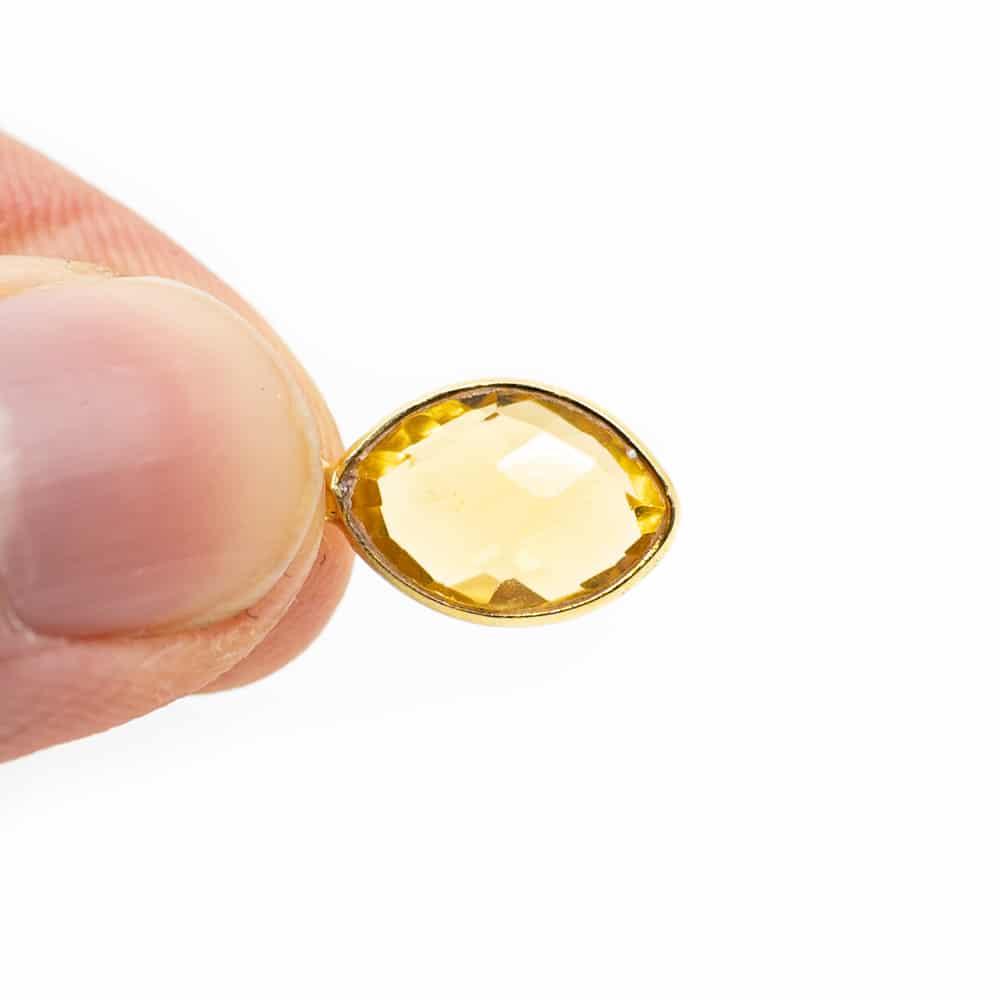 Citrien edelsteen geel
