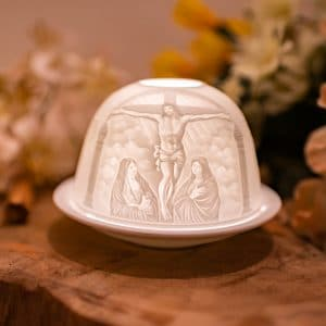 Sfeerlicht Porselein Jezus aan Kruis