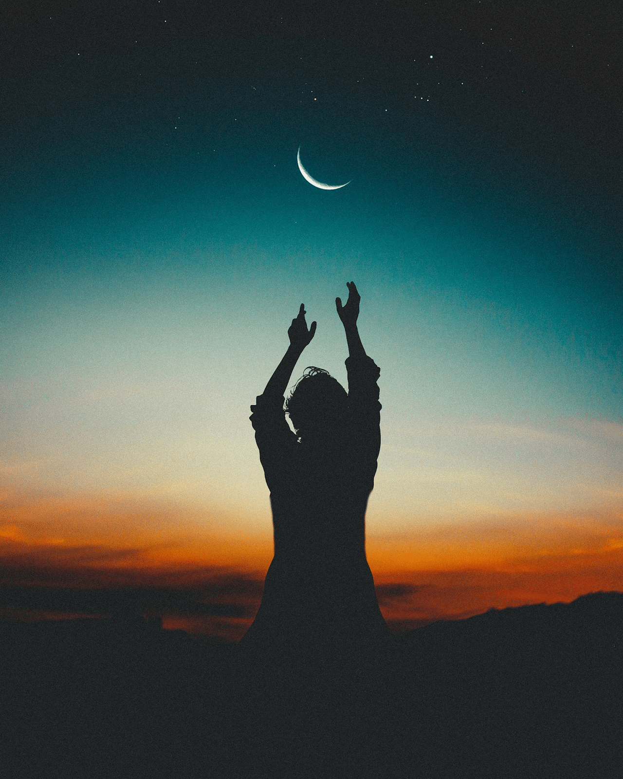 nieuwe maan en silhouet