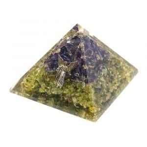 Orgonite Piramide Peridoot/ Amethist - Engel Raphael - (70 mm)